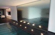 Неповторимые водопады по стеклу для Вашего дома