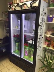 Продам холодильную камеру витрину б/у со светодиодной подсветкой. 5700
